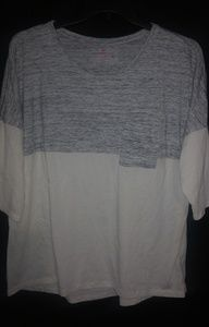 Woman Within Gray Creme Pocket Top 18/20 Plus